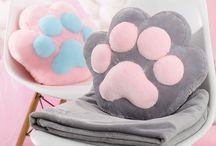 •Plushies / It's so fluffy!