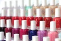 Servicios Bliss: Uñas / Nails, manicure, pedicure, colors, shellac, french manicure,
