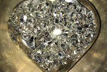 Crystals & Gemstones / Crystals & Gemstones. Crystal Healing. Manifestation. Nature's beautiful art.