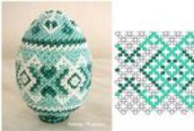 Gyöngyből készült húsvéti díszek