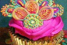 Beautiful Desserts / by Jeannette Sharpe