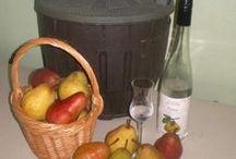 Eau-de-vie de poire Williams / La qualité d'une eau-de-vie dépend avant tout de la qualité des fruits utilisés ainsi que l'attention portée à la fermentation.  De nos jours, on ne privilégie plus la quantité comme autrefois, mais une eau-de-vie de qualité, avec des arômes exceptionnels de fruits