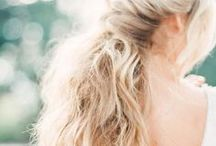 WEDDING HAIRSTYLE / You plan your wedding and are looking for inspiration? Here you find all about wedding dresses, wedding shoes, wedding hair, wedding cakes, bridemades, grooms, wedding decoration and a lot more...