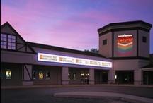 Fox Lake Theatre / The Classic Cinemas Fox Lake Theatre is located in Fox Lake, IL