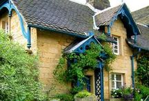 Lovely Dwellings / by Leah Hall