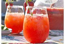 Drinks / by Arlee Johnson
