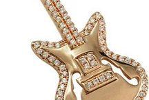 Jewelry and Fashion Thomann loves / Play It. Feel It. Rock It.