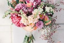 WEDDING BOUQUET / You plan your wedding and are looking for inspiration? Here you find all about wedding dresses, wedding shoes, wedding hair, wedding cakes, bridemades, grooms, wedding decoration and a lot more...
