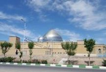 Qom Musallah (Iran) / Tecnare has had the privilege of provide the sound reinforcement to the Musallah of the holy city of Qom, through its distributors in Iran: Kish Pishgaman. The city of Qom, is the capital of the province of the same name, located 156km southwest of Tehran and is known throughout the Shiite Islam for being a holy city, where the tomb of Fatima Ma'suma is located.