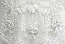 Embroidery white on white / Embroidery white on whuite