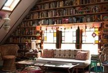 Bedroom ideas / Bed+books = happiness