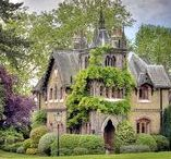 English Houses, Manors & Castles