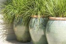 Jarres, urnes, pots / Formes symétriques de jarres, pots, urnes
