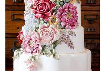 Cakes, Cupcakes and Cookies / Cupcakes and cakes / by Delicious Huckaby