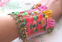 Textile jewelry inspiration / Inspiration to make #jewelry from #textile. #Crochet, #knitting, #felt, #embroidery.