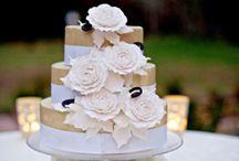 Wedding Cakes / by sienna Bryson