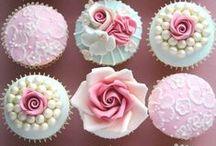 Cakes / Cupcakes, Wedding Cakes, Birthday Cakes, Etc!