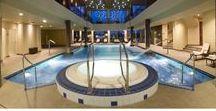 Wellness & Spa Amade Chateu / We are waiting for you in our eco-chic Wellness & Spa with extraordinary hospitality and care, where the indoor and outdoor pools, as well as the hot tub and the saunas are waiting to rejuvenate your body and soul. You can find an outside pool bar, which will refresh you in the sizzling summer days.   Jedinečný Wellness & Spa vás srdečne očakáva mimoriadnou pohostinnosťou a starostlivosťou.   Várjuk Önöket Wellness & Hamam központunkban, ahol kiemelkedő figyelmünket és törődésünket élvezhetik.