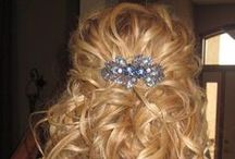 Lilla Rose Flexi Clips -- Hair Style Ideas / So you've taken the plunge and bought a Flexi. Now what do you do?! http://www.lillarose.biz/JenniferIrving