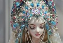 Barbie meets beads / A place where beading and doll collecting happily intersect!   Jewelry, accessories, clothing, and other beaded items for dolls of all kinds, including Barbie, Monster High, Poppy Parker, Fashion Royalty, American Girl, and many more.