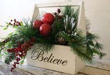 Joyeux Noël / Hyvää joulua! Merry Christmas! Joyeux Noël! Feliz Navidad! God jul!