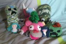 Mes amigurumi / Des petits amigurumi au crochet que j'ai fais ! Ils sont en vente ici : https://www.etsy.com/fr/shop/CrochetDuHamster?ref=l2-shopheader-name