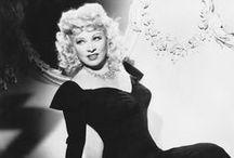 ❥ Mae West