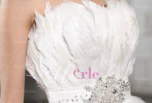Tinkerjo White Swan Wedding Inspiration