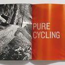 Canyon Bicycles - Brandbook / Das Brandbook für den Fahrradhersteller Canyon Bicycles verwendet als Umschlag originale Teile eines Canyon-Versandkartons und stellt so nicht nur die unmittelbare Nähe zum Sport her, sondern spielt zusätzlich auf den Direktvertrieb des Unternehmens an. #kmsteam