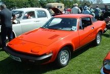 Triumph TR7 / After initially being released in the U.S, where it proved so popular demand twice caused Triumph to dealy the car's U.K debut, the Triumph TR7 was released to the British public in May 1976. With a 105bhp 4-cylinder engine powering the rear wheels and independant coil spring suspension, the Triumph TR7 was a competant sports car if slighly controversial due to it's characteristic 'wedge' styling; the styling being not too dissimilar to the Leyland Princess.