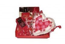 Regalos Especial San Valentin / Las cestas de regalo personalizadas son la mejor opción para sorprender.