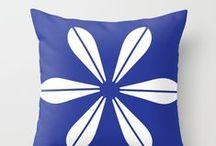 TheBeardedBird - Pillows / Pillows Designen by TheBeardedBird:  http://society6.com/thebeardedbird/pillows