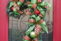 Wreaths / by Dianne Maxwell