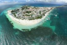 Isla Mujeres Beaches / Isla Mujeres has many beaches, most are familiar with North Beach which was rated #14 best beach in the world by trip advisor but let us introduce you to a few other beaches on the island.