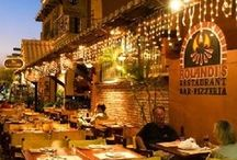 Isla Mujeres Bars and Restaurants