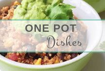 One Pot Dishes | Easy & Healthy! / Throw your favorite healthy ingredients into a pot and watch them sizzle to perfection! Here are my favorite one-pot dishes (mostly paleo!)