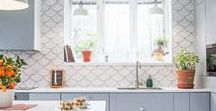 White Kitchen Tile / Bright, timeless, and endlessly versatile, you can never go wrong with white kitchen tile. So why settle for the same old styles? We're giving white tile a fresh perspective with some of our favorite white tile trends that go beyond the status quo.