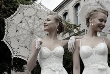 Wedding Inspirations / Wedding inspirations pins including the most gorgeous wedding dress, head piece, shoes, jeweleries, table setting, wedding bouquets and more. More wedding inspirations on the blog: http://lacenruffles.com/category/wedding/