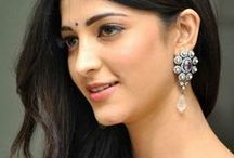 Shruti Hassan / Excellent actress Shruti Hassan from tollywood, pics and images of Shruti Hassan.