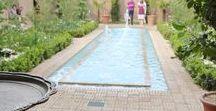 TRAVEL | Der Persische Garten -  Persian Gardens / Der Persischer Garten regt alle Sinne an und gilt als duftendes Paradies. Er dient sowohl als Zier- und als Nutzgarten, aber auch als Ort der Erholung und für Feste.