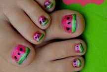 nails / just simple design even i can make