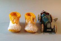 Botetes grogues / Botetes grogues de llana fetes a mà per a infants