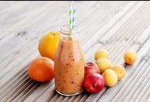 Healthy Smoothies + Juices / Delicious and healthy smoothies and juices