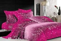 4 Piece Bedding Sets / Beddinginn would surely be the perfect store for you for 4 piece bedding sets, we have millions of bedding sets, especially teal bedding and polka dot bedding are very popular here. / by bedding inn