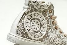 Love lace / All things that are made of lace or look like lace. LOVE lace!