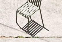 Assieds-toi ! / Chaises, fauteuils, poufs, tabourets.... Pour s'assoir, pour se reposer ou pour travailler voici mes sièges préférés pour une déco d'intérieur chic et chaleureuse !