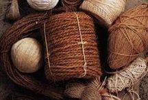 Brown / Brown and maroon tones