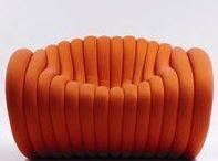 ORANGE is the new black / Très à la mode dans les années 60, la couleur orange revient en force dans la décoration intérieure. Elle vient donner bonne mine aux intérieurs trop sages. Le orange apporte beaucoup de confort dans la déco
