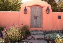 Santa Fe, New Mexico / A gem of a city in the American Southwest