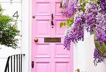 DOORS | LONDON / Colourful backdrop for that Instagram shot!